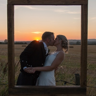 Get picture perfect wedding photos no matter the weather