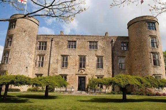 Walworth Castle Hotel's beautiful exterior